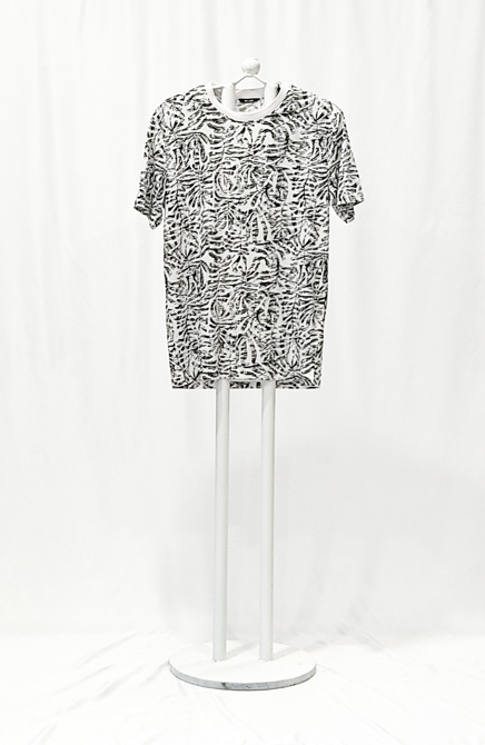 CAMISETA BLANCA FLORES ONLY AND SONS